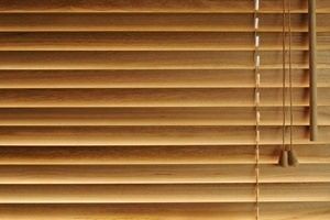 Wood Blinds Vs Faux